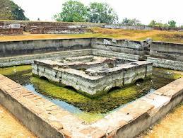 Kolam Keraton Surosowan